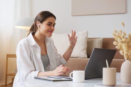 Cómo convertir tu escuela de negocio en un E-learning